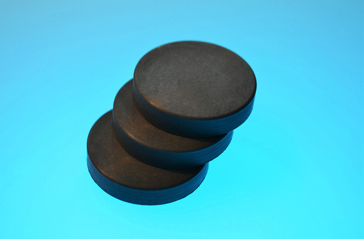 Conductive Mouldings EMI RFI Seals Gaskets